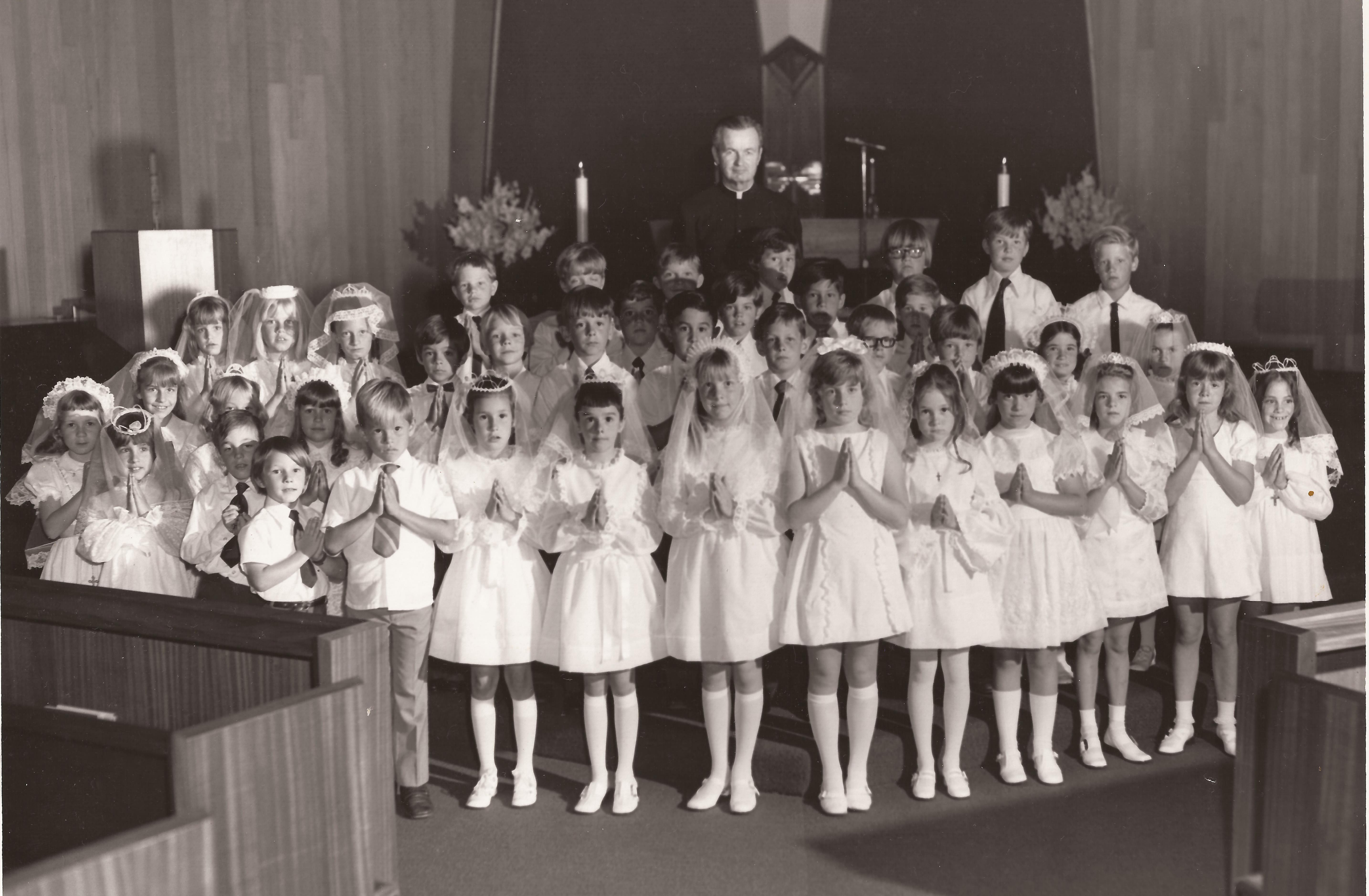 1st First Communion 1972.jpg